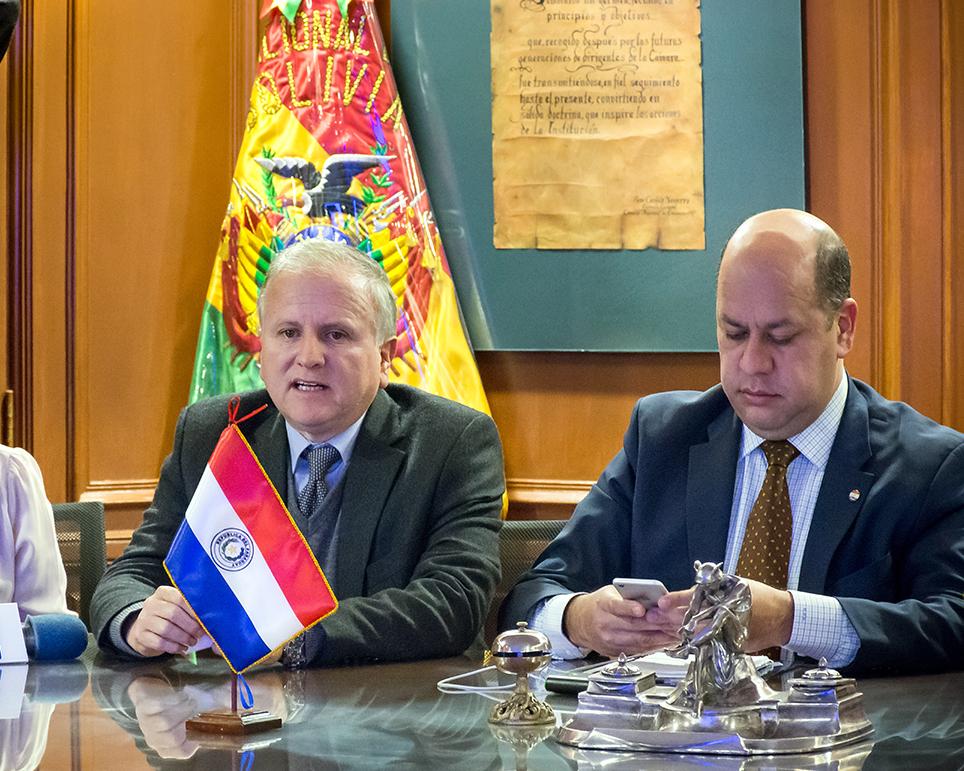 Bolivia oferta movimiento de carga por Puerto Busch a empresarios paraguayos