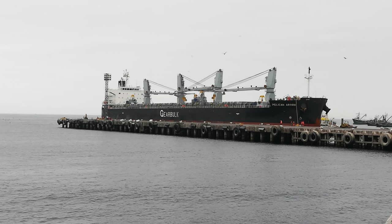 Puerto peruano iniciará obras de mantenimiento del muelle que recibe carga boliviana