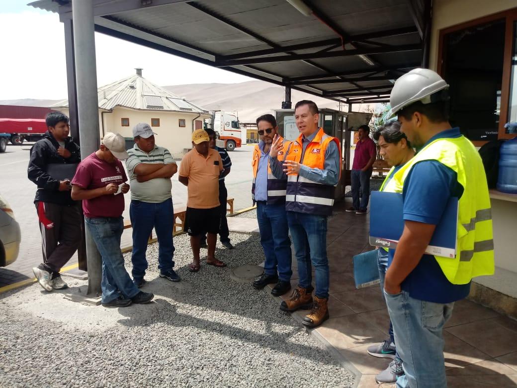 Flores promueve mejoras de la operativa portuaria en Arica