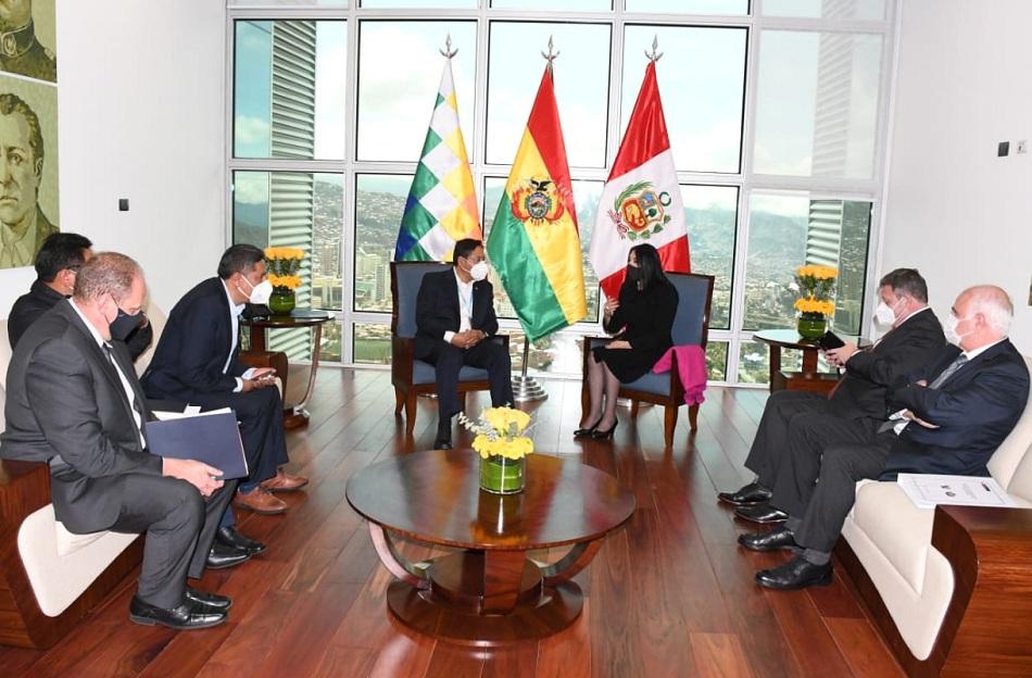 Bolivia y Perú trabajan agenda de integración bilateral